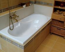 Где и как правильно установить ванну