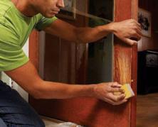 Как отреставрировать старую деревянную дверь